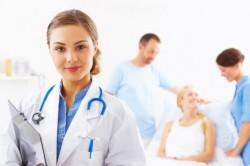 Посещение врача для лечения порока сердца