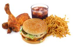 Употребление вредной пищи - причина развития сердечной недостаточности